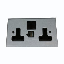2 Gang 13A Socket with 2 x USB Charger Socket Invisible Plate with Antique Bronze Rocker and Black Plastic Insert