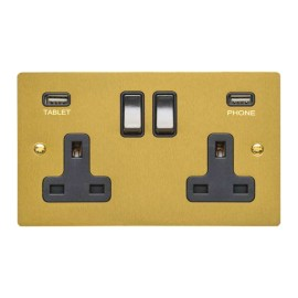 2 Gang 13A Socket with 2 USB Sockets Satin Brass Elite Flat Plate and Rocker with Black Plastic Insert