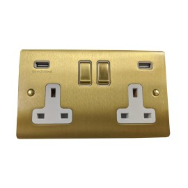 2 Gang 13A Socket with 2 USB Sockets Satin Brass Elite Flat Plate and Rocker with White Plastic Insert