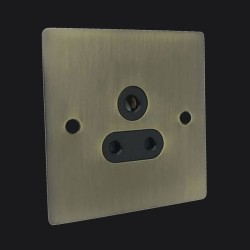 1 Gang 5A 3 Pin Unswitched Socket in Antique Brass Elite Flat Plate with Black Trim