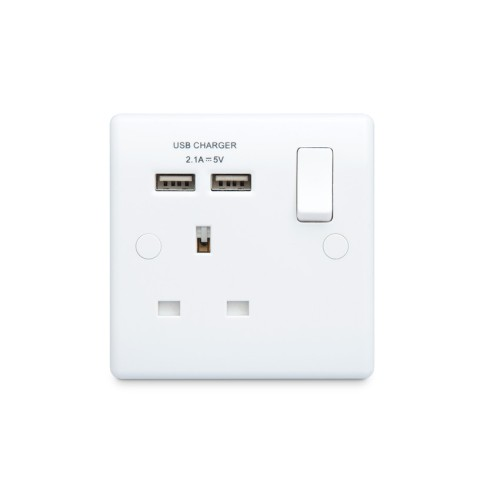 1 Gang 13A Switched Socket with 2 x USB Charger 2.1A 5V Moulded White BG Nexus 821U