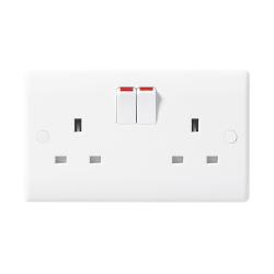 BG Nexus 822 2 Gang 13A Single Pole Switched Socket Outlet Moulded White - buy 50 for £75 + VAT!