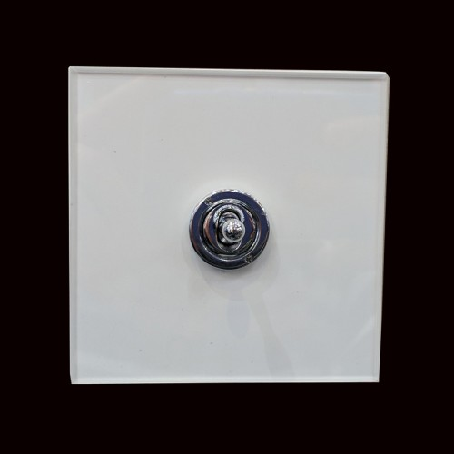 1 Gang 2 Way 20A Single Dolly Switch in Polished Chrome on a Perspex Clear Plate