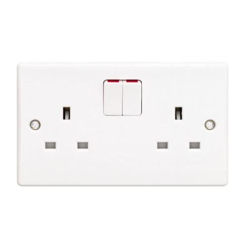 2 Gang 13A Switched Double Socket Outlet Ultimate White Moulded Plate Schneider GU3020