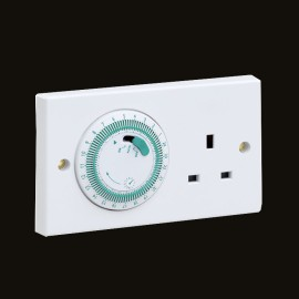 24hr Mechanically Timer Socket 13A in White with 96 ON/OFF Settings, on/off/timed selector