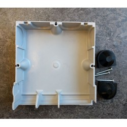 Protection Chamber for Triple Pole and Neutral and Earth Set, Housing for Henley Series 7