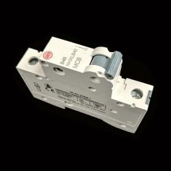 Wylex NHXLB40 MCB 40A Type B Single Pole Miniature Circuit Breaker 6kA 1 Pole 1 Module