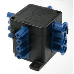 1 in 3 out flow Hub Junction Box, Click 250V 20A 4 Pin