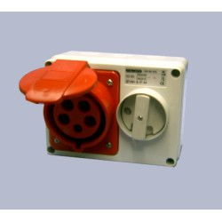 IP44 Fixed Interlocked Horizontal Switched Red Socket With Bottom Protected - 3P+N+E 32A 400V 6H SBF