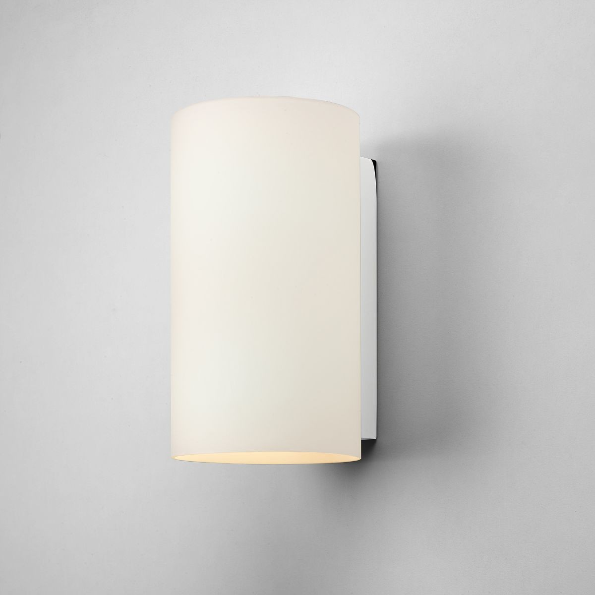Wall Light Glass Diffuser : Cyl 200 Glass Wall Light in Polished Chrome and White Opal Glass Diffuser AX0883